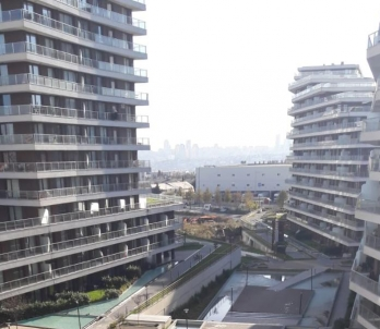 A TRUE BARGAIN IN BAHCESEHIR 3+1, 155 SQM